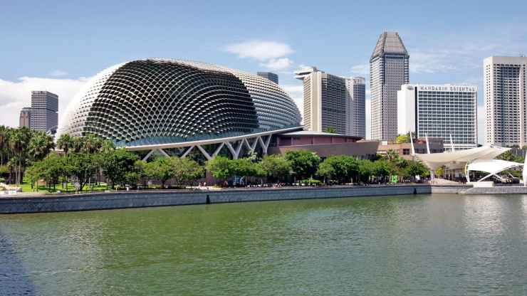 Exterior of Esplanade – Theatres on the Bay Singapore